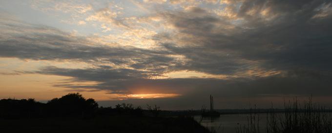 Панорама закатного солнца